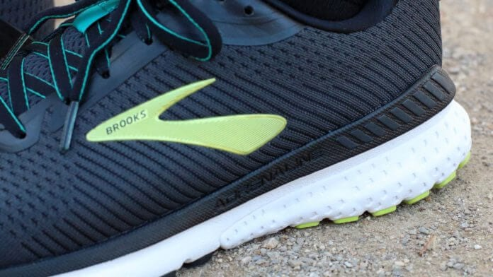 Brooks-Adrenaline-GTS-20-DNA-LOFT