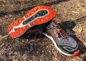 Brooks-Caldera-4-Paar