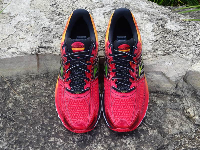 Brooks-Glycerin-12-Zehe