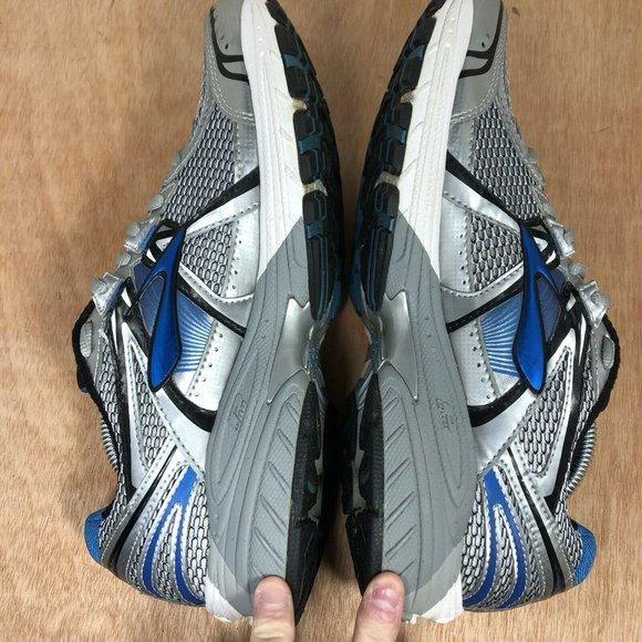 Brooks Adrenaline GTS 12 6